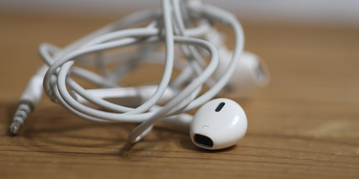 earbuds tangling